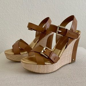 Audrey Brooke - Abhollie Wedge Sandals